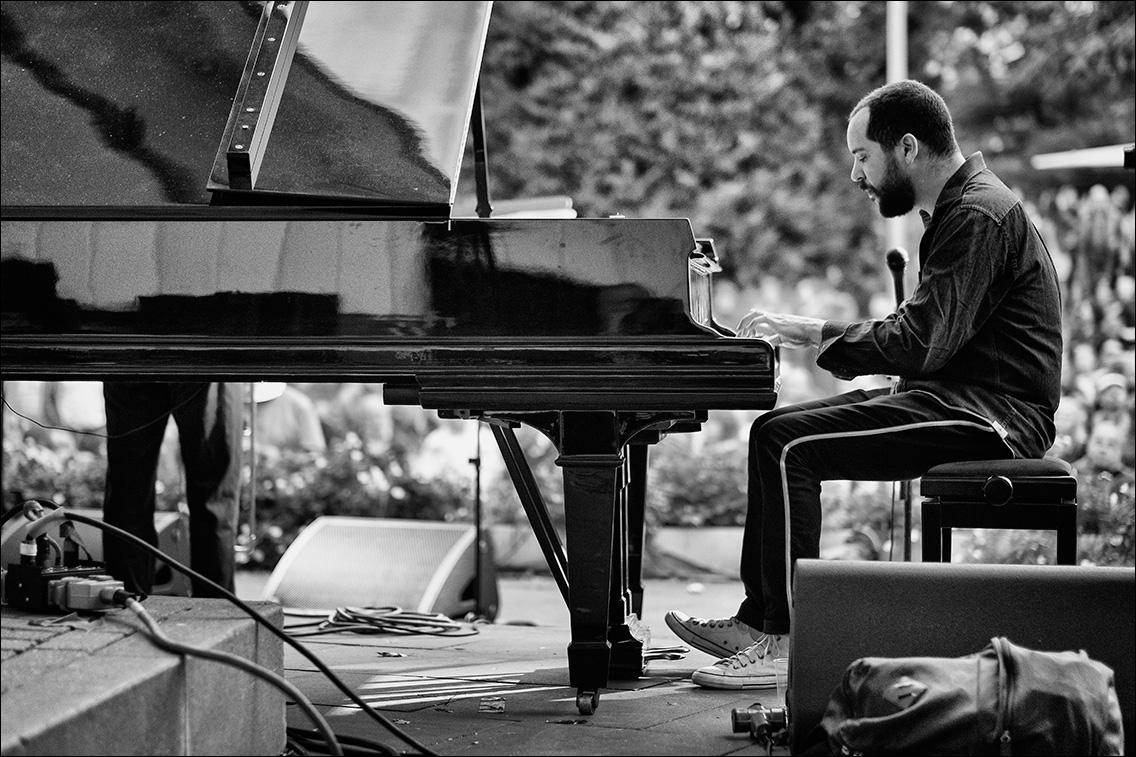 DSF7941 in Brazil – Hamburg feat. Raul de Souza