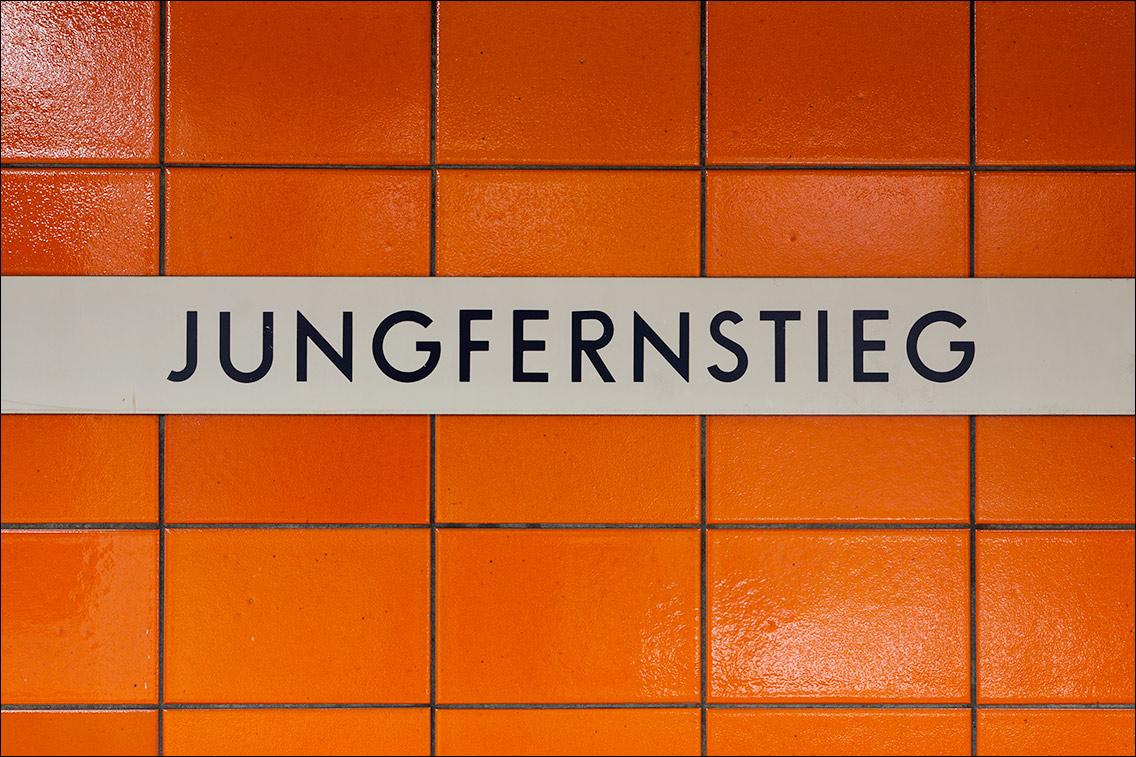 IMGL0886 in U 1 — Von der Kellinghusenstraße bis zum Wandsbeker Markt