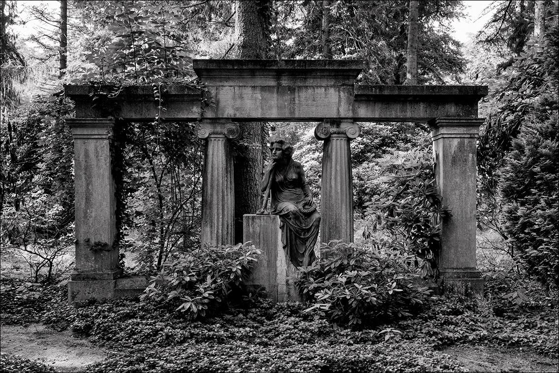 DSCF0757 Gumprecht 1911 in Bildhauer Arthur Bock auf dem Ohlsdorfer Friedhof