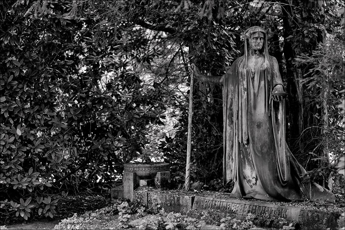 DSCF1293 Winter 1910 in Bildhauer Arthur Bock auf dem Ohlsdorfer Friedhof
