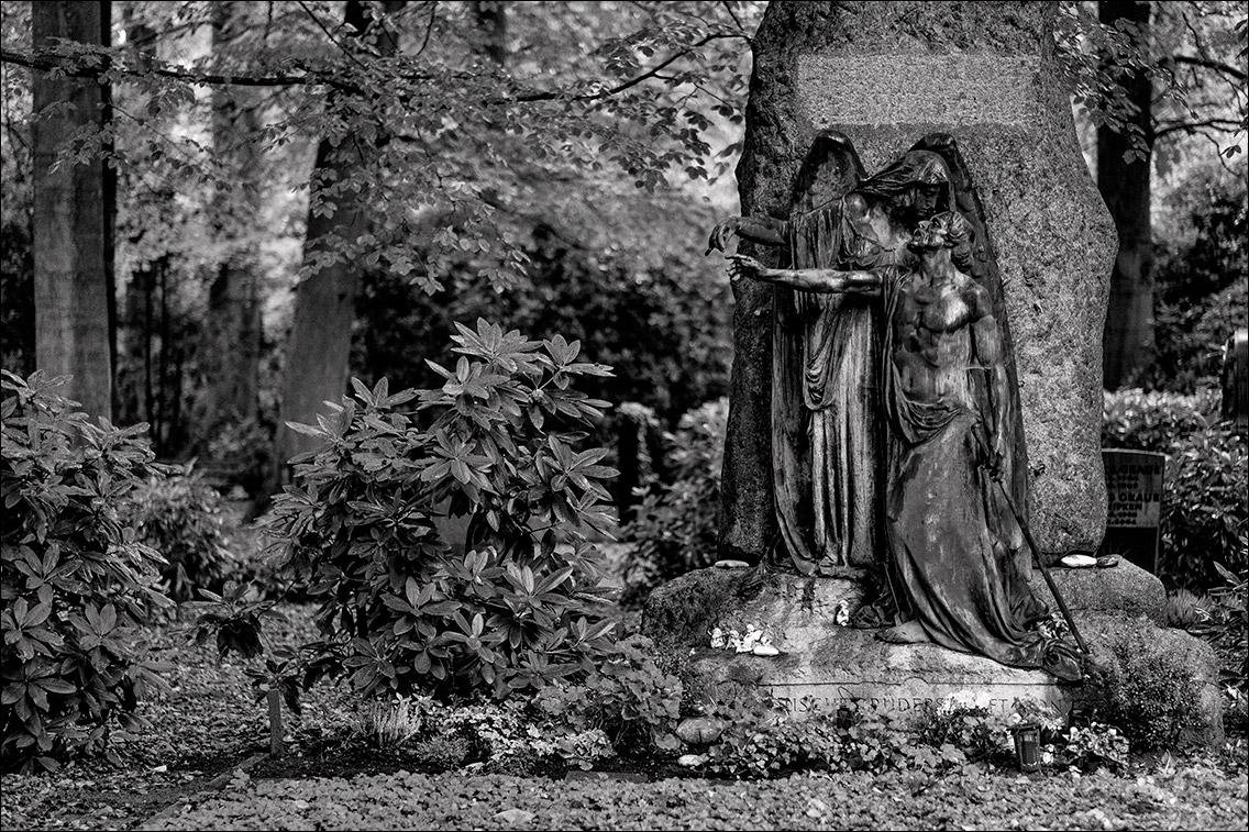 DSCF1916 Scharlach 1903 in Bildhauer Arthur Bock auf dem Ohlsdorfer Friedhof
