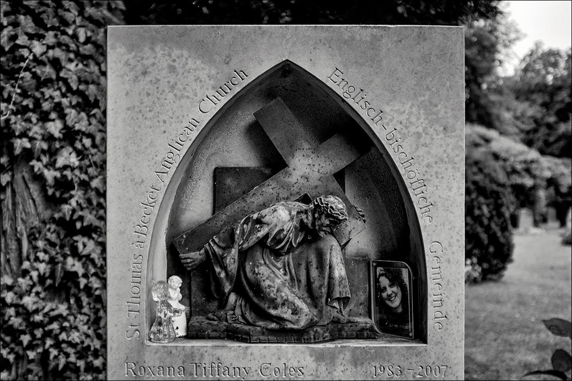 DSCF3138 St Thomas 1935 in Bildhauer Arthur Bock auf dem Ohlsdorfer Friedhof