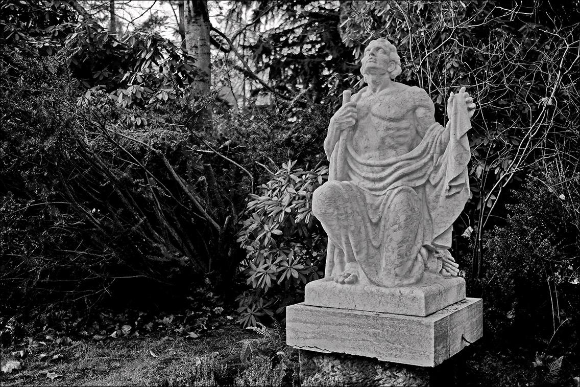 DSCF3424 Bro Ckel 1927 in Bildhauer Arthur Bock auf dem Ohlsdorfer Friedhof