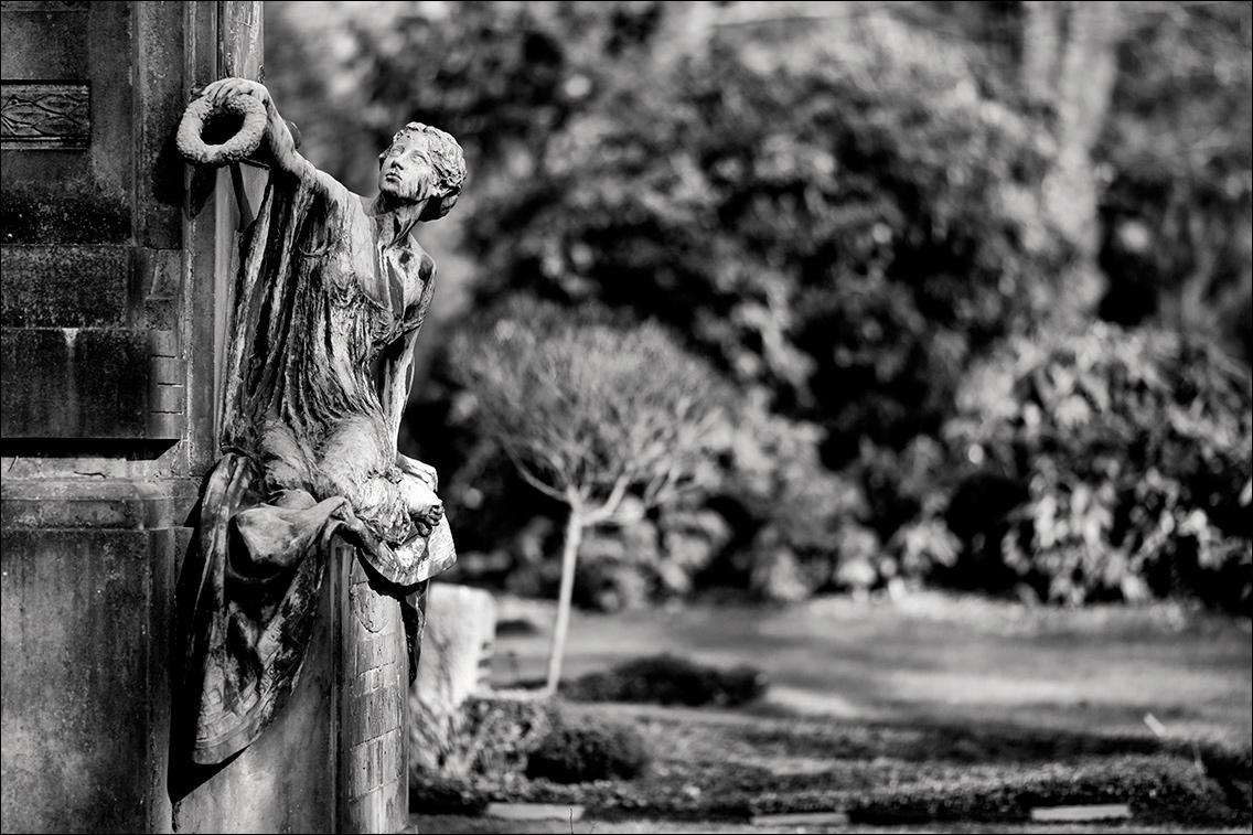 IMGL3604 August Heerlein Stift 1904 in Bildhauer Arthur Bock auf dem Ohlsdorfer Friedhof