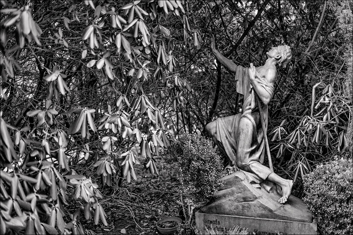 IMGL9586 Michaelis 1929 in Bildhauer Arthur Bock auf dem Ohlsdorfer Friedhof