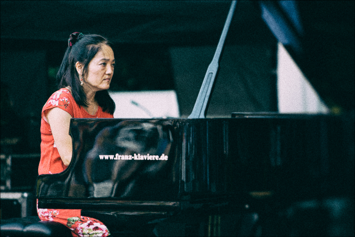 MGL7018-1 in Makiko Hirabayashi Trio beim Jazz Open Hamburg 2018