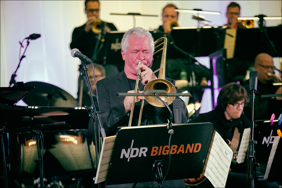 MGL8110 in NDR-Bigband plays »Dan's Music« (Jazz Open Hamburg 2018)