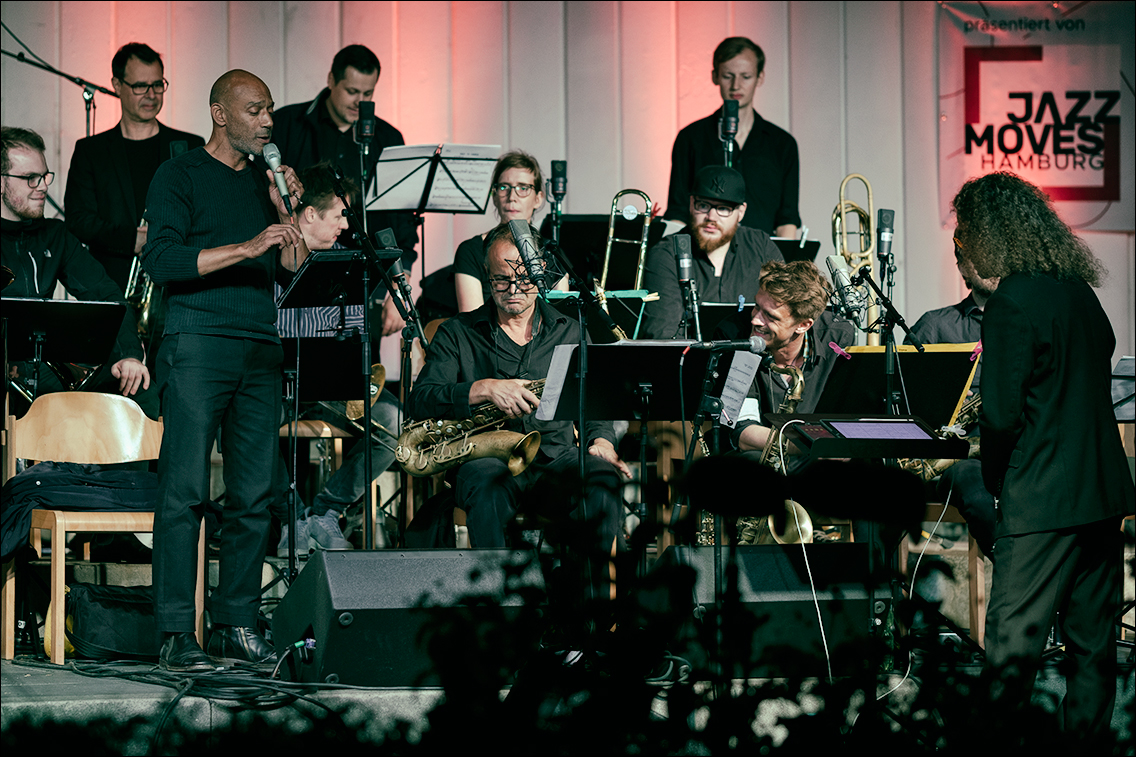 Jazz Open Hamburg 2019 735 in Gabriel Coburger's XXL Ensemble feat. Ken Norris