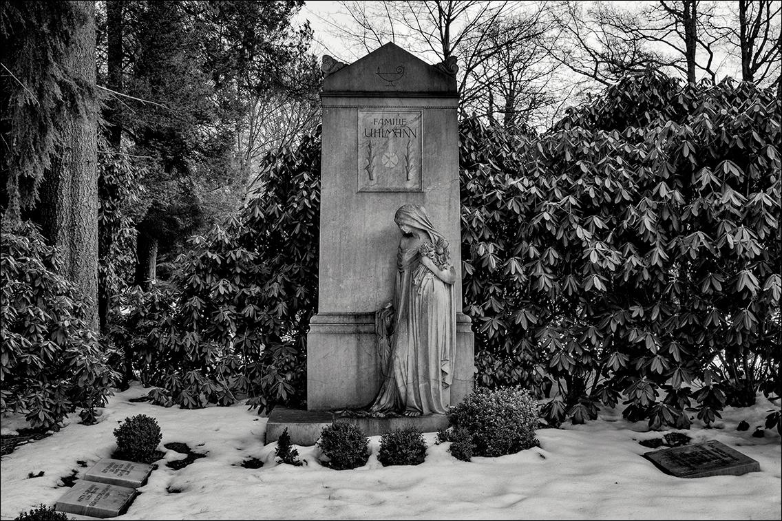 2013 03 30 078 in Bildhauer Arthur Bock auf dem Ohlsdorfer Friedhof